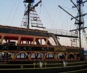 raduga tour marmaris korsan gemi 3 180x152 - Пиратская Яхта